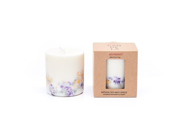 WILD FLOWERS/ROSE naturella soy wax candle 515 ml